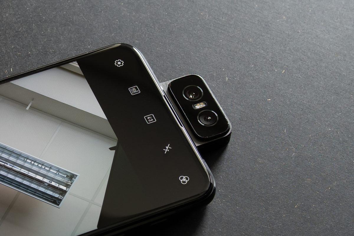 La Flip Camera di Asus Zenfone 6