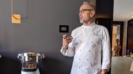 """Il Companion XL, cuoco-robot e """"assistente speciale"""" di Bruno Barbieri in cucina"""
