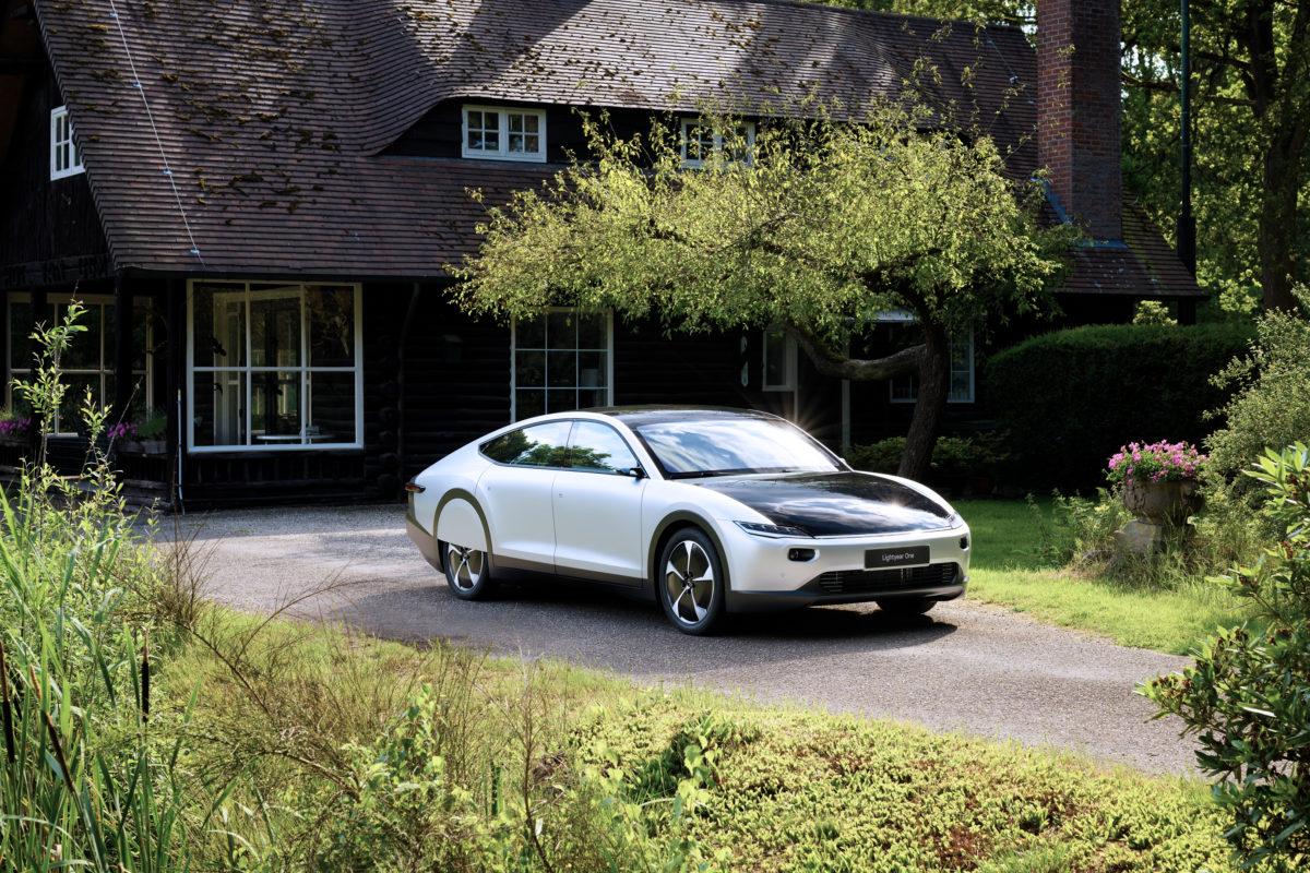 Lightyear One, la prima auto solare è pronta