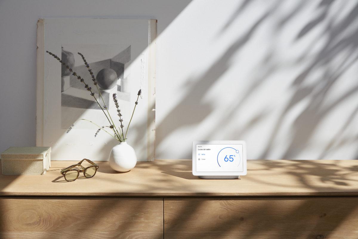 Nest Hub, anche Google lancia il piccolo schermo intelligente per la casa