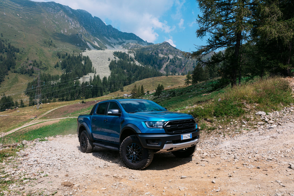 Ford Ranger Raptor, la prova (video) nei boschi e il piatto di Eugenio Boer