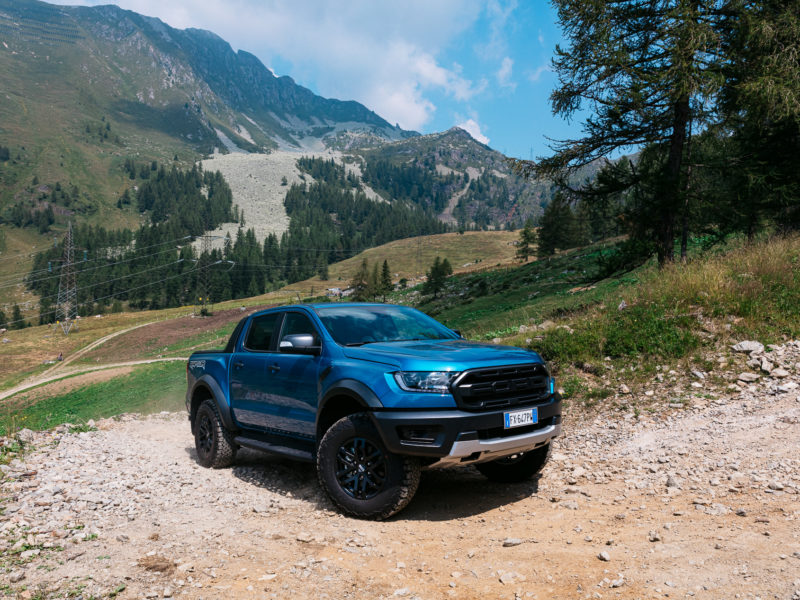 Ford Ranger Raptor, la prova (video) nei boschi e il piatto di Eugenio Boer