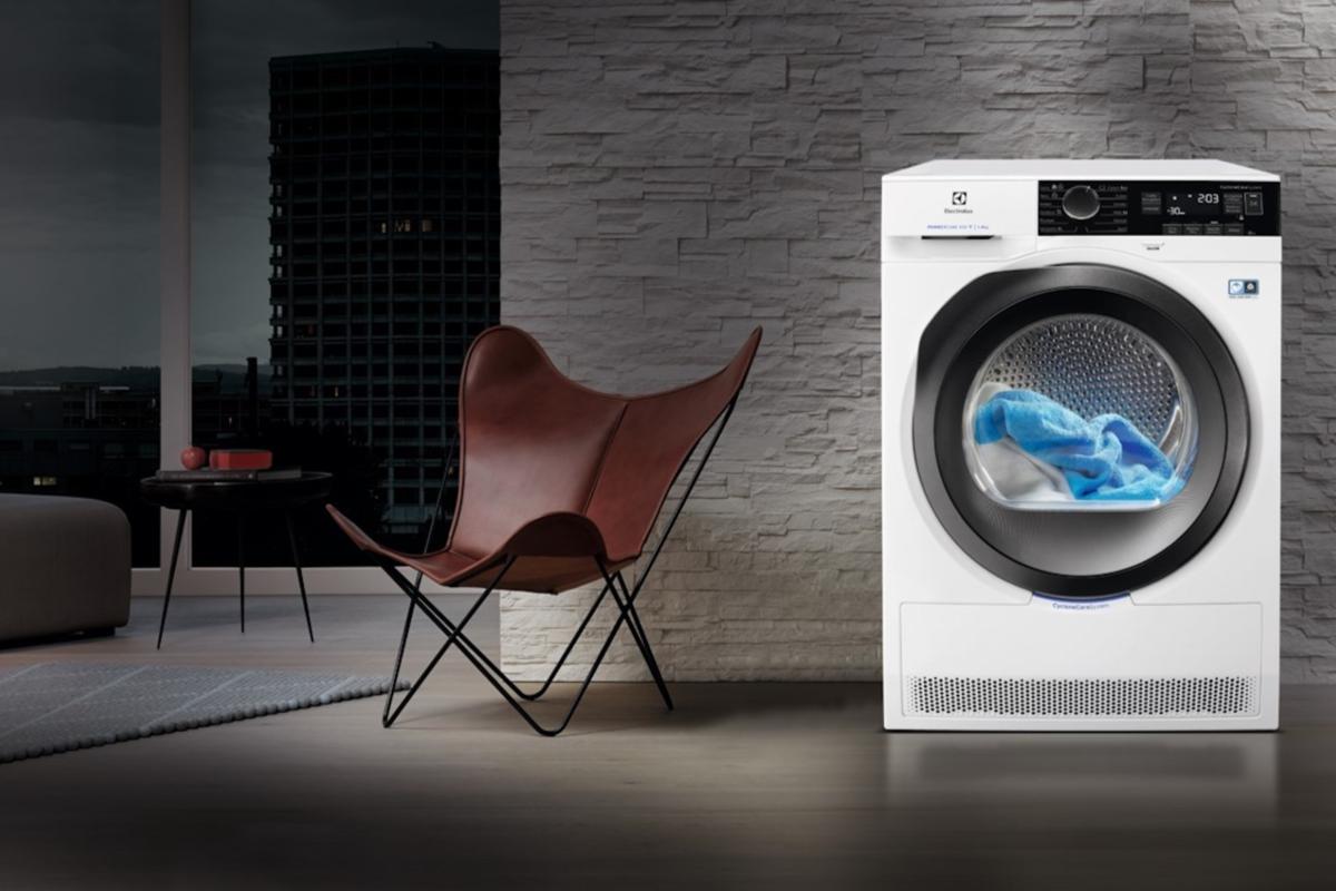 Da Electrolux l'asciugatrice intelligente che si comanda dallo smartphone