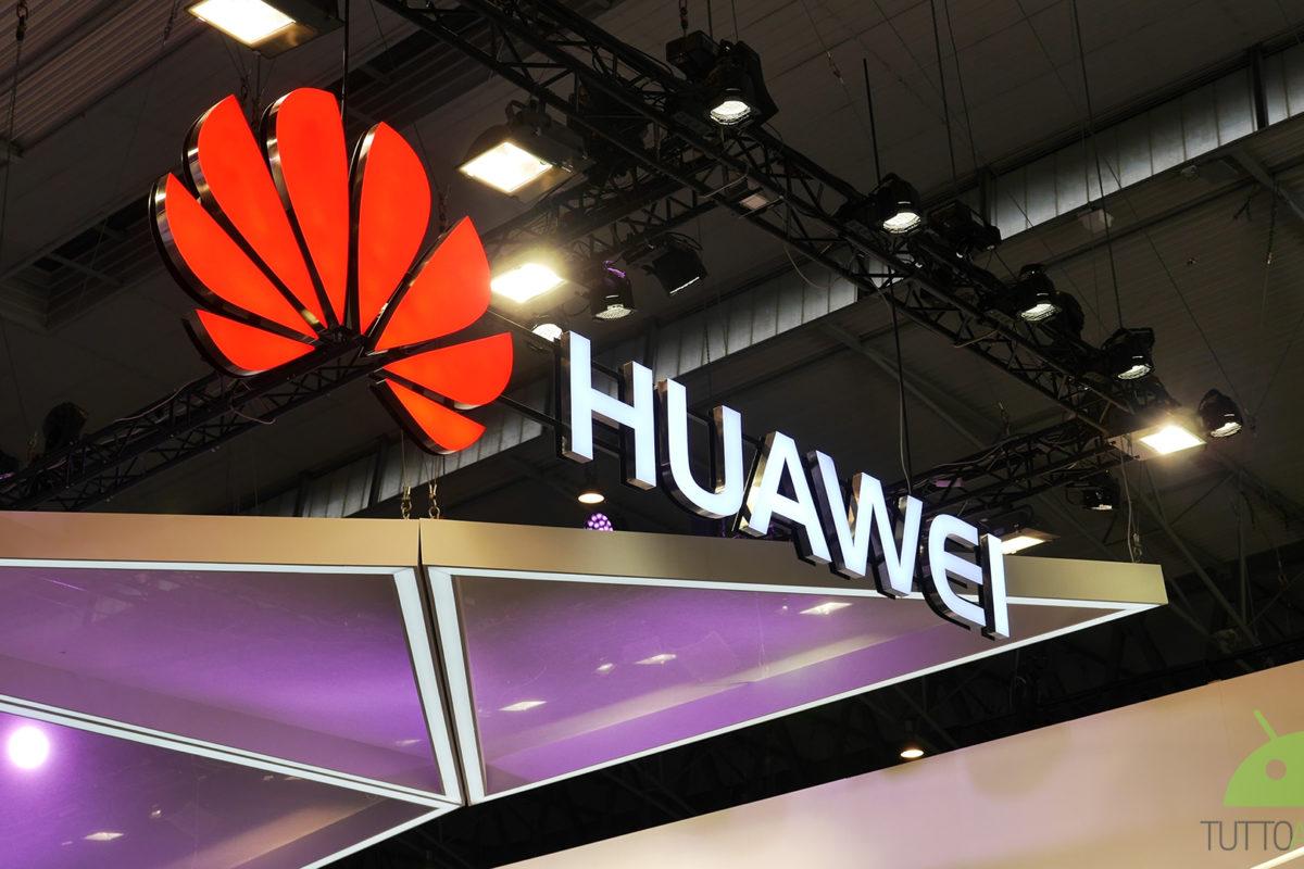 Huawei, lancio a sopresa a Parigi il 17 ottobre