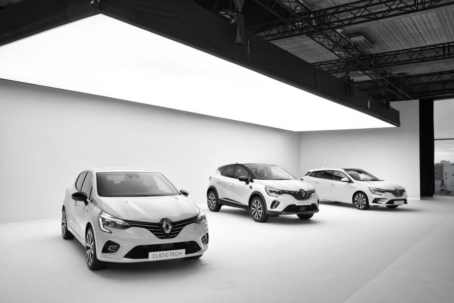 I tre modelli che completano l'elettrificazione della gamma Renault