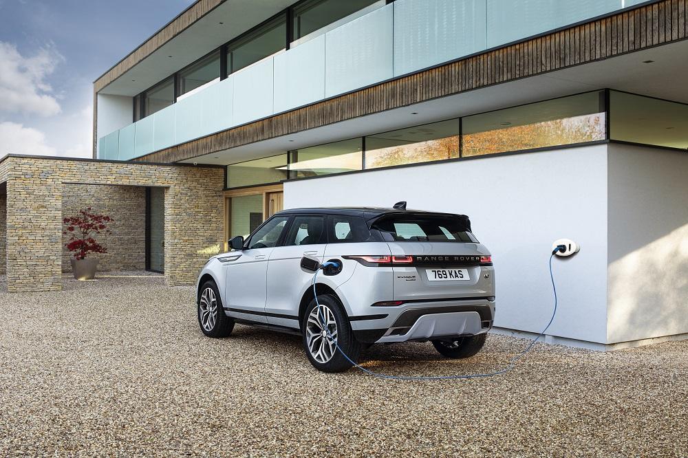 Il sistema ibrido plug-in di Jaguar Land Rover