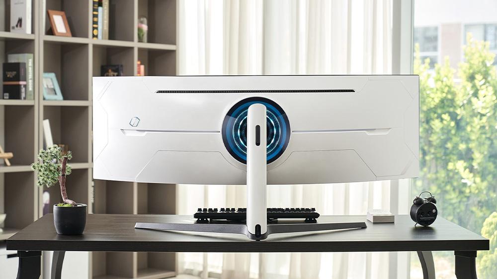 Odyssey G9, il supermonitor curvo per il gaming di Samsung