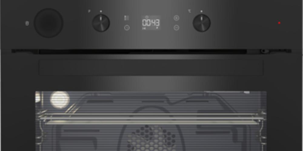 Beko: il forno multi-funzione assistito a vapore e pirolitico