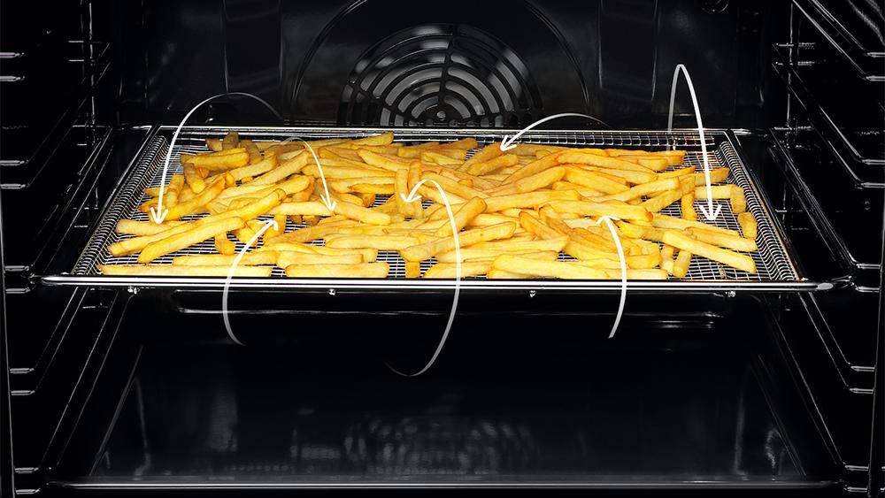 Electrolux: il forno con AirFry per fritture gustose (e anche sane)