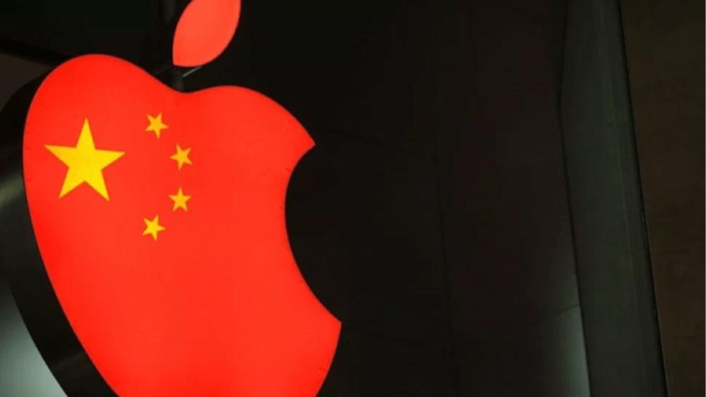 """La minaccia della Cina: """"Boicotteremo i prodotti Apple"""""""