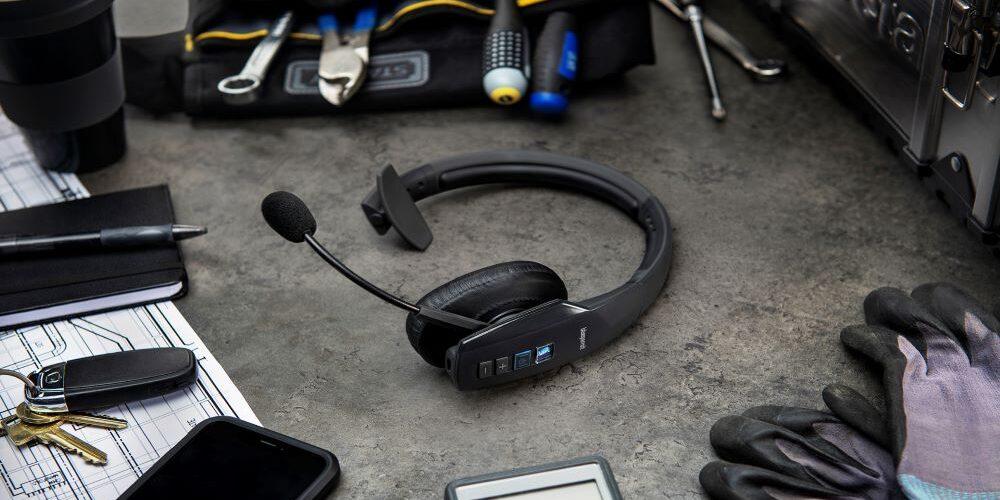 BlueParrott: ecco le cuffie wireless con la funzione Teams Walkie Talkie di Microsoft