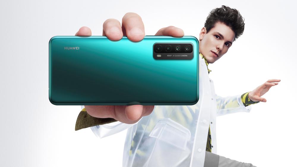 Huawei P SMART 2021 elimina l'ansia da batteria scarica