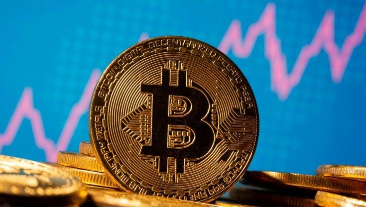 Il nuovo record del Bitcoin: ci si può fidare delle criptovalute?