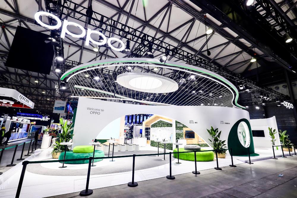 OPPO Flash Charge: il futuro della ricarica rapida e wireless in mostra al MWC di Shanghai