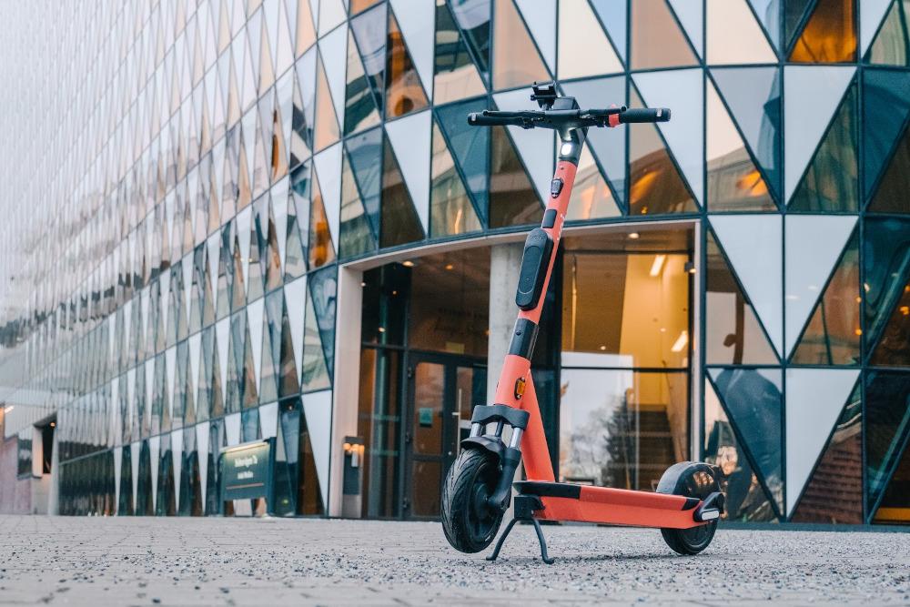 Voiager 4, l'e-scooter che misura la qualità dell'aria