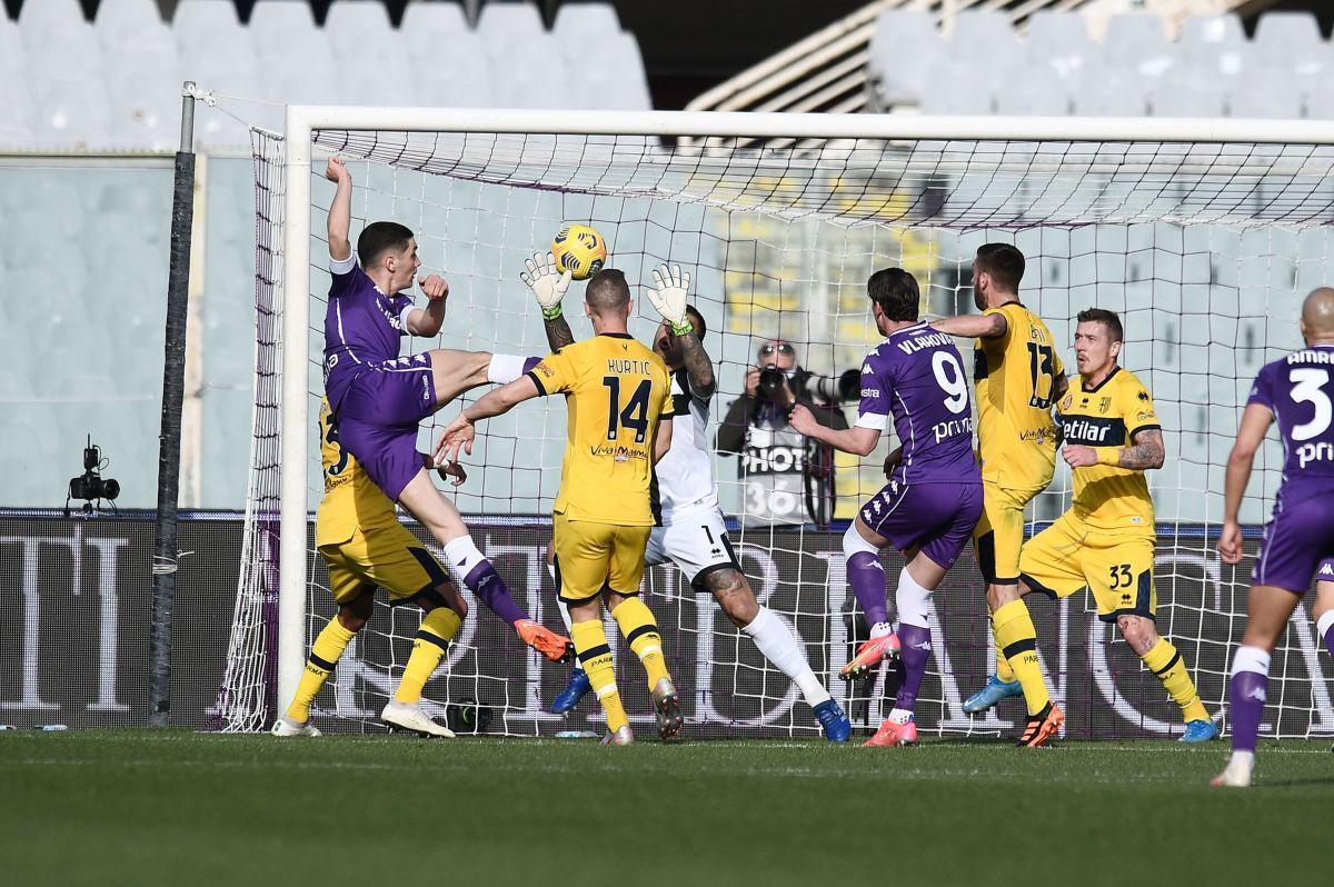 Finale pirotecnico al Franchi, Fiorentina-Parma finisce 3-3
