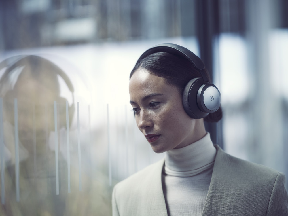 <div>Beoplay Portal, le cuffie wireless di Bang & Olufsen</div>