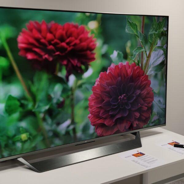 Mi TV Q1