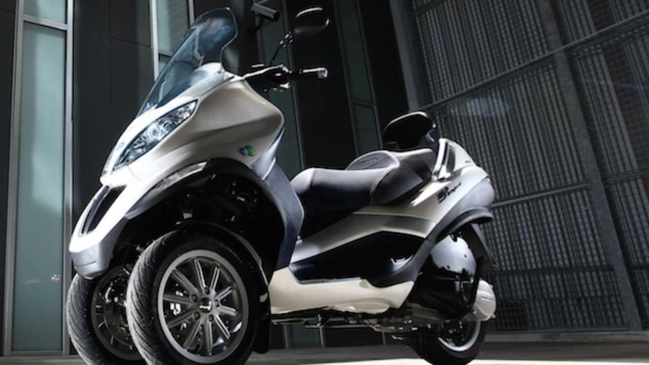 Piaggio con KTM, Honda e Yamaha per batterie elettriche intercambiabili