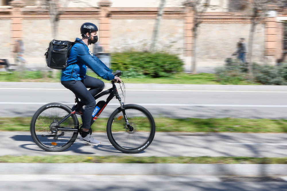 A Milano arriva Blok, il delivery che porta la spesa a casa in 10 minuti