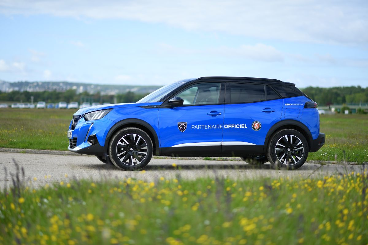 Peugeot elettrifica la mobilità al torneo Roland-Garros 2021