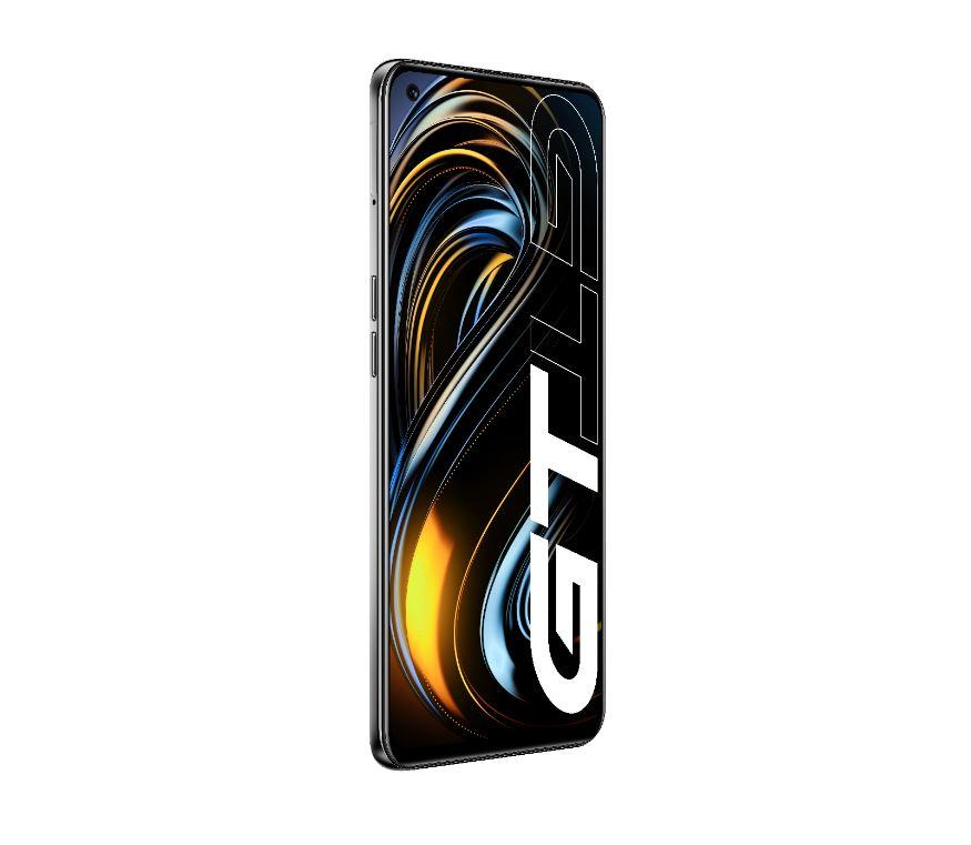 realme GT, lo smartphone a tutta velocità