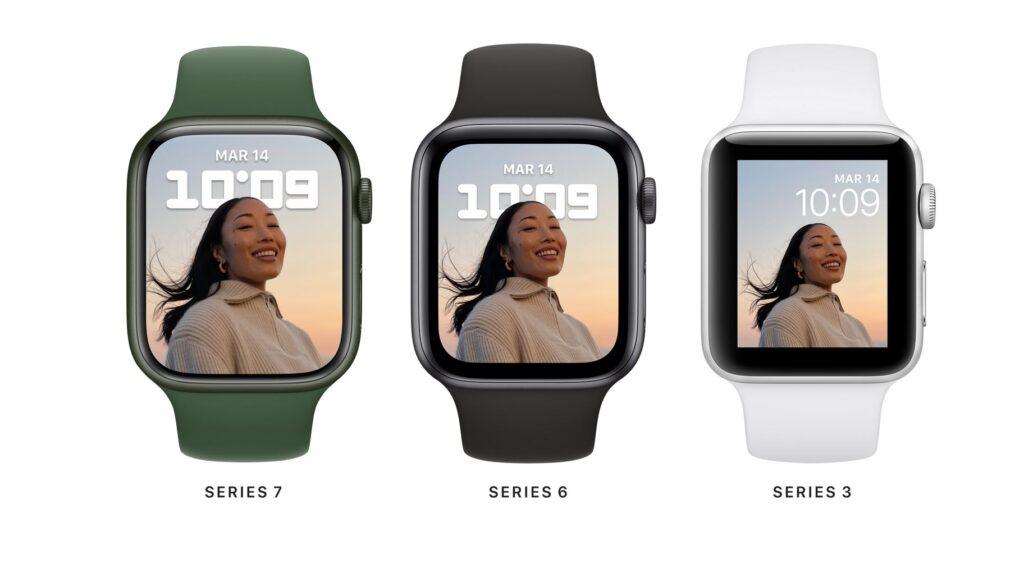 Apple Watch 7 smartwatch
