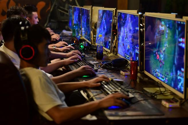 Tencent rilascia League of Legends in Cina la pressione del settore continua