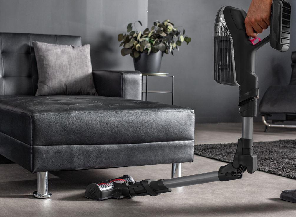 La scopa elettrica Rowenta X-Force Flex: pulizia e tecnologia